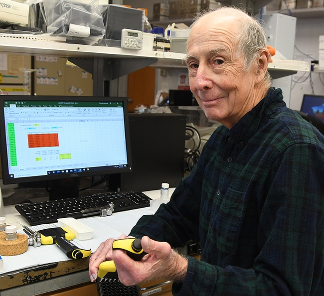 Dr. Bruce Hammock picture in a laboratory
